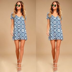 Lulu's | Mood Mosaic Blue Shift Dress